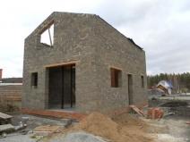 Возведение стен дома из арболитовых блоков