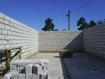 Возведение стен бани из пеноблоков