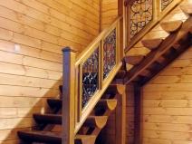 Простая и красивая деревянная лестница
