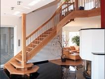 Фото лестниц для дома из дерева
