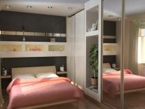 Зеркальный шкаф-купе помогает сэкономить место и увеличивает пространство