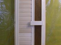 двери для сауны из дерева