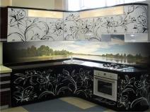 Эксклюзивный дизайн пластикового фартука для кухонь с видами природы