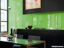 Оформление стеклянного фартука для кухни