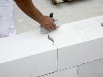 кладка стены из газобетонных блоков