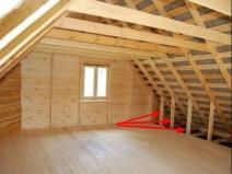 Делаем пол из ламината в деревянном доме