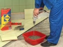 приготовление клея для плитки из сухой смеси