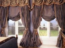 тяжелые красивые шторы в гостиную