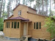 Фото деревянный дом с крыльцом