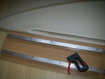 Работа с мебельным степлером