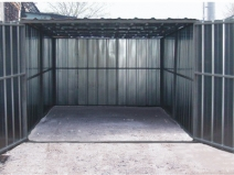 Металлический гараж: вид изнутри
