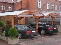 Навес на два автомобиля: удобно и практично