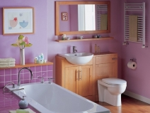 яркие виниловые обои для ванной комнаты
