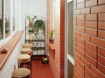 Балкон отделка кирпичем