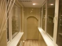 Очень стильный дизайн балкона