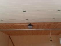 потолок: вагонка и сайдинг