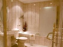 Ремонт в ванной панелями ПВХ