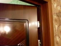 Дверные откосы: классический вариант под дерево