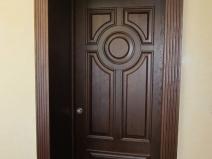 Дизайн дверных откосов должен дополнять дизайн двери