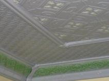 фото бесшовной плитки для потолка