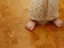 пробковые полы в детской