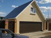 Двухэтажный гараж для машин