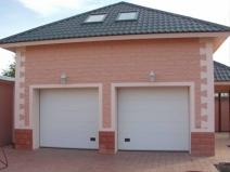 Большой гараж на две машины