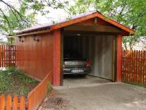 Небольшой гараж для легкового авто