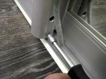 регулировка плотности закрывания дверей