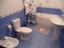 Установка дополнительной сантехники в ванной