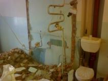 Демонтаж перестенка между ванной и туалетом