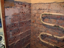 Подготовка стен ванной к работе