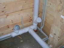 замена канализации в деревянном доме
