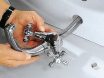 Разборка смесителя в ванной комнате