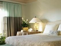 Оформление спальни в очень мягких тонах