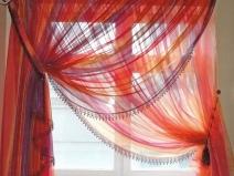прозрачные кухонные шторы с драпировкой