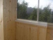 Финишная отделка деревом при утеплении балкона