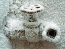 зимний незамерзающий водопровод