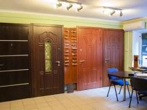Декоративные входные двери