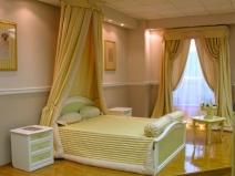 шторы в стиле модерн для спальни