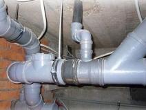замена канализационных труб в доме