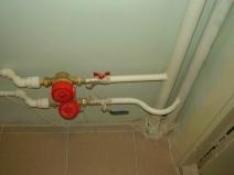 Подключение счетчиков к водопроводным трубам